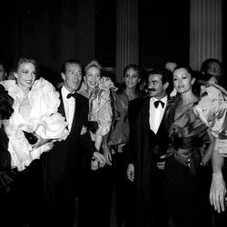 Designer Halston, models and Victor Hugo attending an event at the Met in 1980.