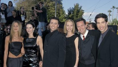 "Jennifer Aniston, Courteney Cox, Matt LeBlanc, Lisa Kudrow, Matthew Perry and David Schwimmer of ""Fr..."