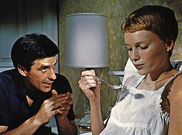 Kino. Rosemaries Baby, (ROSEMARY'S BABY) USA, 1968, Regie: Roman Polanski, JOHN CASSAVETES, MIA FARR...