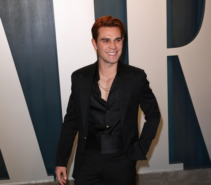 BEVERLY HILLS, CALIFORNIA - FEBRUARY 09: KJ Apa attends the 2020 Vanity Fair Oscar Party at Wallis A...