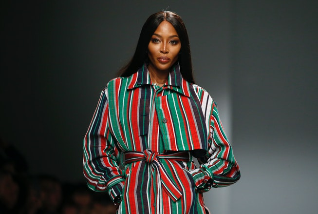 PARIS, FRANCE - FEBRUARY 24: (EDITORIAL USE ONLY) British model Naomi Campbell walks the runway duri...