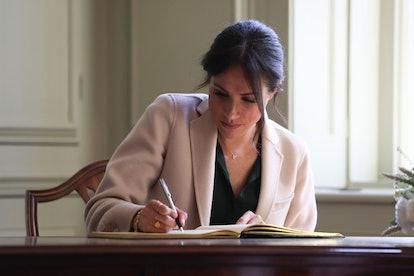 Meghan Markle loves a handwritten note.