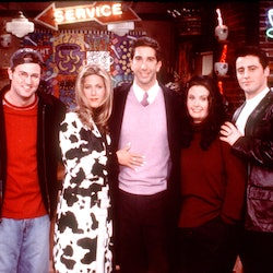 """Friends Special Episode, """"The One That Could Have Been, Part One"""" From L-R: Lisa Kudrow, Matthew Perry, Jennifer Aniston, David Schwimmer, Courteney Cox Arquette And Matt Leblanc. All The Friends Ponder What Might Have Been If Each Had Taken A Different Path In Life And They Imagine: That A Frustrated Ross (Schwimmer) Stays With His Wife Carol (Jane Sibbett) And Ignores Her Disinterest In Him; A Married Rachel (Aniston) Is Starstruck When She Meets Hunky """"Days Of Our Lives"""" Star Joey (Leblanc) Who Never Lost His Job As Dr. Drake Ramoray; Phoebe (Lisa Kudrow) Is A Corporate Stockbroker; And A Portly Monica (Cox Arquette) Frets About Losing Her Virginity While Chandler (Perry) Is A Struggling Writer Who Stoops To Working As Joey's Lowly Assistant Just To Make Ends Meet.  (Photo By Getty Images)"""