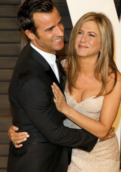 Actress Jennifer Aniston and Justin Theroux attend the Vanity Fair Oscar Party at Wallis Annenberg Center for the Performing Arts in Beverly Hills, Los Angeles, USA, on 22 February 2015. Photo: Hubert Boesl - NOWIRE SERVICE-   usage worldwide   (Photo by Hubert Boesl/picture alliance via Getty Images)