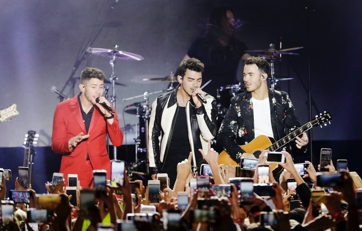 LOS ANGELES, CALIFORNIA - JANUARY 25: (L-R) Nick Jonas, Joe Jonas and Kevin Jonas of 'The Jonas Brothers' perform onstage as Citi Sound Vault Presents The Jonas Brothers Live During The Biggest Week in Music at Hollywood Palladium on January 25, 2020 in Los Angeles, California. (Photo by Koury Angelo/Getty Images for CITI)