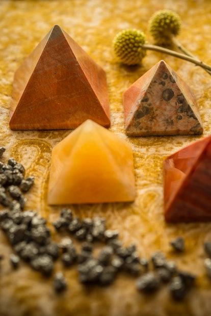 Orange crystal meanings bring creativity.