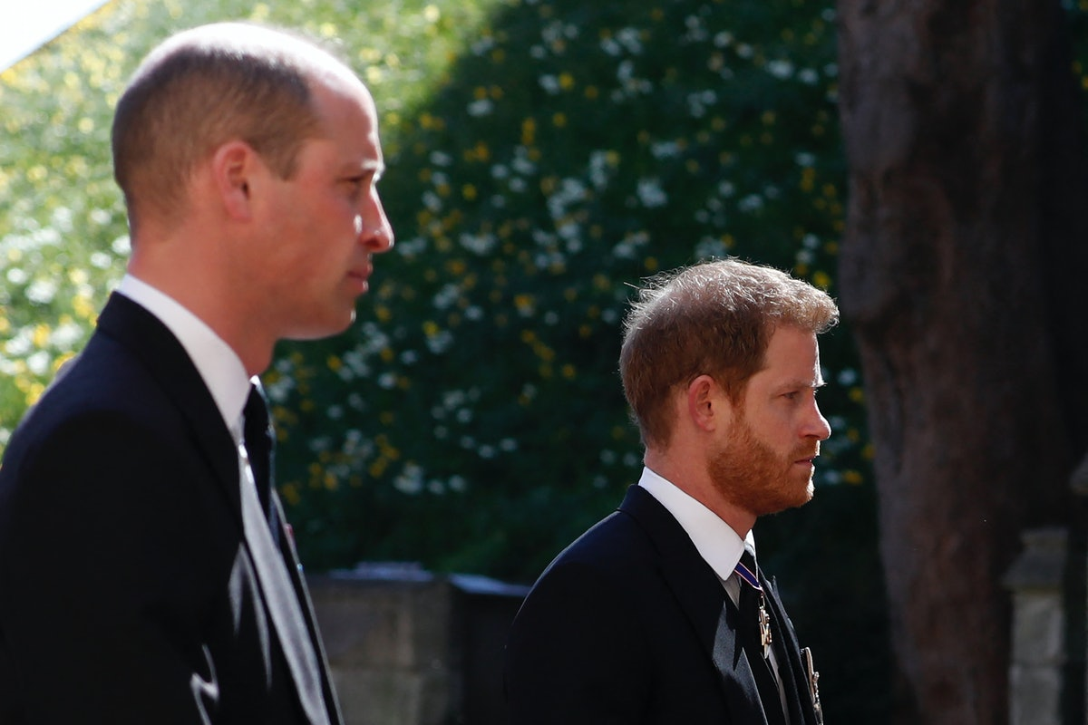 TOPSHOT - Britain's Prince William, Duke of Cambridge (L) and Britain's Prince Harry, Duke of Sussex follow the coffin during the ceremonial funeral procession of Britain's Prince Philip, Duke of Edinburgh to St George's Chapel in Windsor Castle in Windsor, west of London, on April 17, 2021. - Philip, who was married to Queen Elizabeth II for 73 years, died on April 9 aged 99 just weeks after a month-long stay in hospital for treatment to a heart condition and an infection. (Photo by Alastair Grant / various sources / AFP) (Photo by ALASTAIR GRANT/AFP via Getty Images)