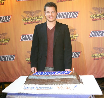 Nick Lachey celebrates this birthday with a Snickers cake.
