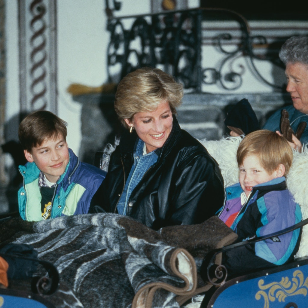 Diana, Princess of Wales (1961 - 1997) riding in a traditional sleigh with Prince William and Prince Harry during a skiing holiday in Lech, Austria, 30th March 1993. (Photo by Jayne Fincher/Princess Diana Archive/Getty Images)