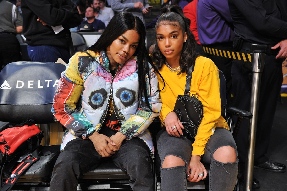 LOS ANGELES, CALIFORNIA - DECEMBER 30: Teyana Taylor (L) and Lori Harvey attend a basketball game between the Los Angeles Lakers and the Sacramento Kings at Staples Center on December 30, 2018 in Los Angeles, California. (Photo by Allen Berezovsky/Getty Images)