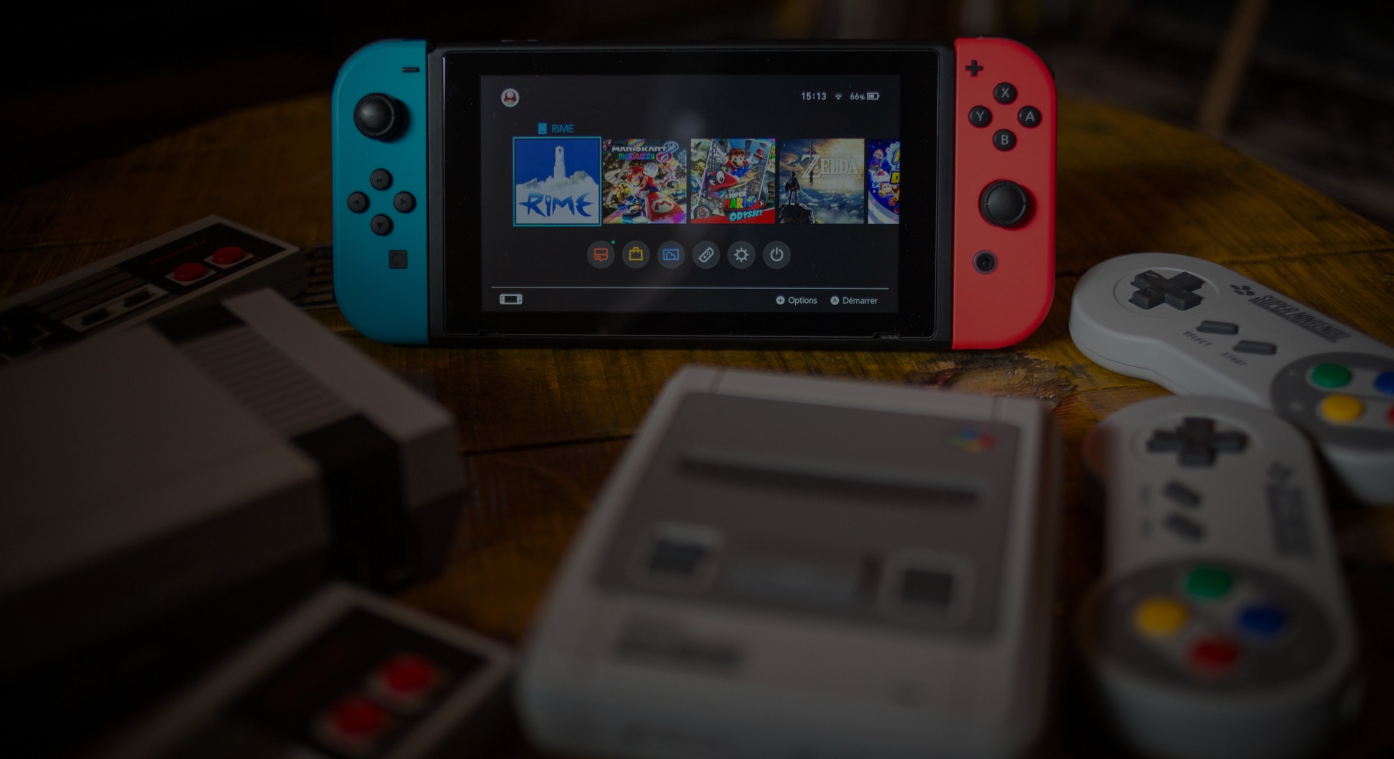 BANGKOK, THAILAND - 2019/01/08:  In this photo illustration, a Nintendo Switch (M) surrounded by a N...