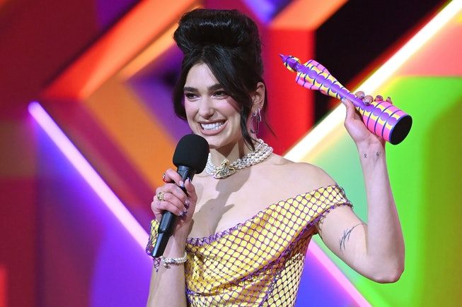 LONDON, ENGLAND - MAY 11: Dua Lipa accepts the award for British Femail Solo Artist during The BRIT Awards 2021 at The O2 Arena on May 11, 2021 in London, England. (Photo by Dave J Hogan/Getty Images)