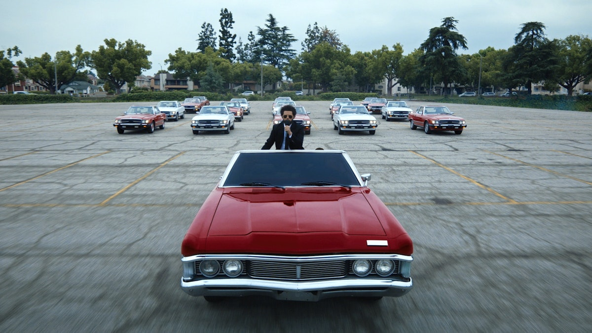 The Weeknd's BBMAs performance featured impressive choreography on a car.