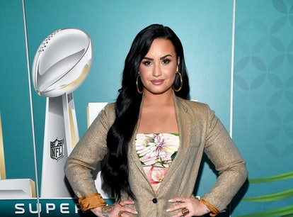 MIAMI, FLORIDA - JANUARY 30: Andy Cohen sits down with Demi Lovato on SiriusXM's Radio Andy on Janua...