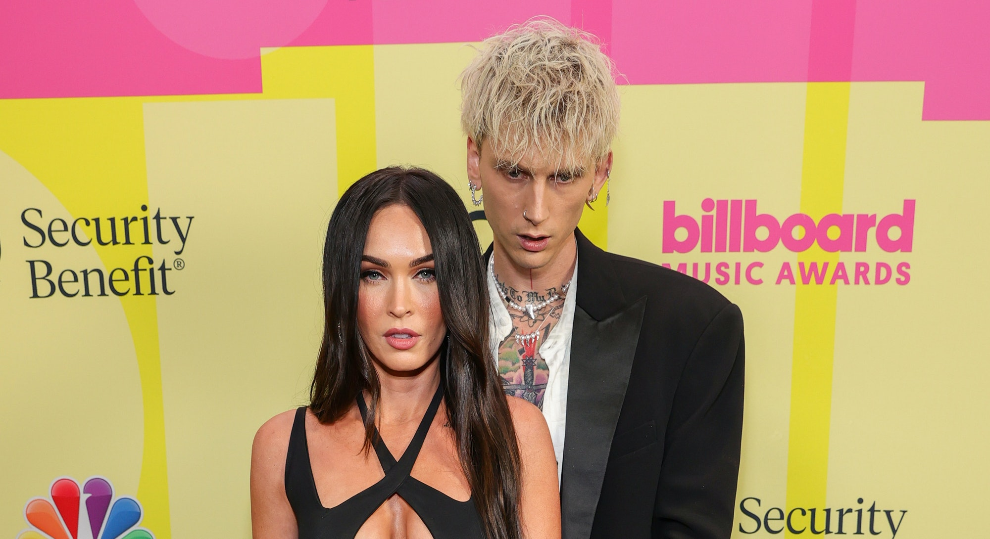 LOS ANGELES, CALIFORNIA - MAY 23: Meghan Fox and Machine Gun Kelly poses backstage for the 2021 Billboard Music Awards, broadcast on May 23, 2021 at Microsoft Theater in Los Angeles, California. (Photo by Rich Fury/Getty Images for dcp)