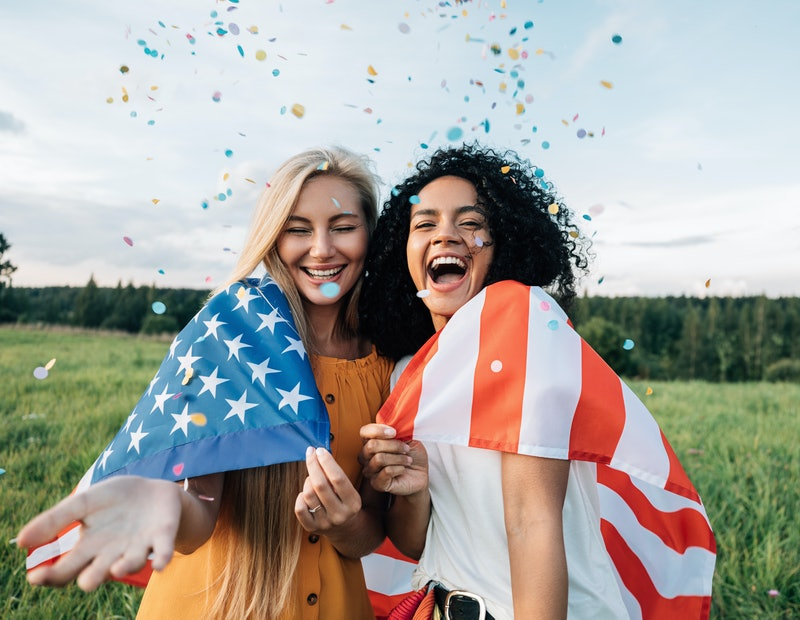 Astrologer Mecca Woods shares the Memorial Day weekend horoscope for all zodiac signs for May 28-31, 2021.
