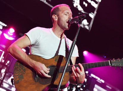 INGLEWOOD, CALIFORNIA - JANUARY 18: (FOR EDITORIAL USE ONLY) Chris Martin of Coldplay performs onsta...
