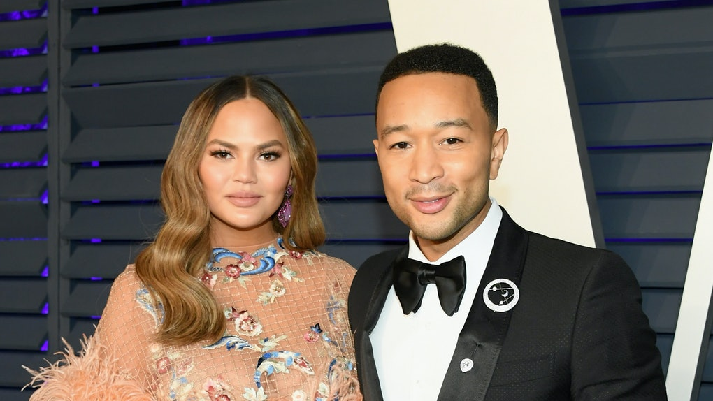 BEVERLY HILLS, CA - FEBRUARY 24:  Chrissy Teigen (L) and John Legend attend the 2019 Vanity Fair Oscar Party hosted by Radhika Jones at Wallis Annenberg Center for the Performing Arts on February 24, 2019 in Beverly Hills, California.  (Photo by Mike Coppola/VF19/Getty Images for VF)
