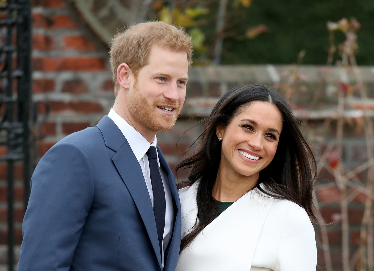 LONDON, ENGLAND - NOVEMBER 27:  Prince Harry and actress Meghan Markle during an official photocall ...