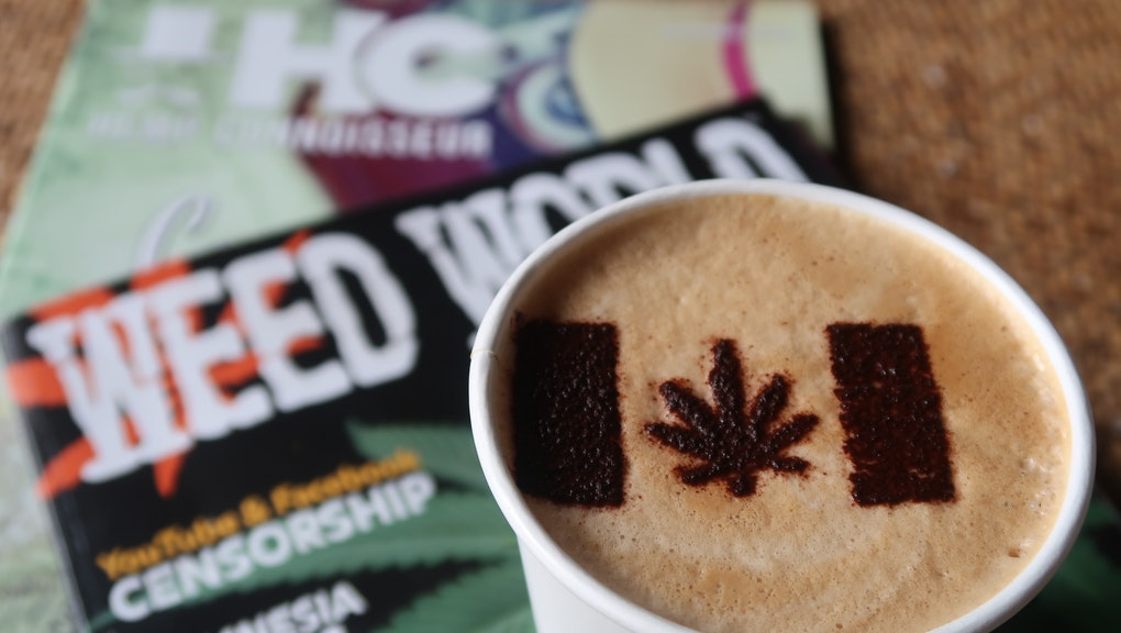 "11 October 2018, Canada, Toronto: In the cafe ""Cannabis & Coffee"" there is a cannabis leaf as a marijuana symbol on the milk foam of a Latte Macchiato. On 17.10.2018 marijuana will be legalized throughout Canada. (to dpa ""Finally no more bad conscience"": Canada legalizes Cannabis"" of 16.10.2018) Photo: Manuela Imre/dpa (Photo by Manuela Imre/picture alliance via Getty Images)"