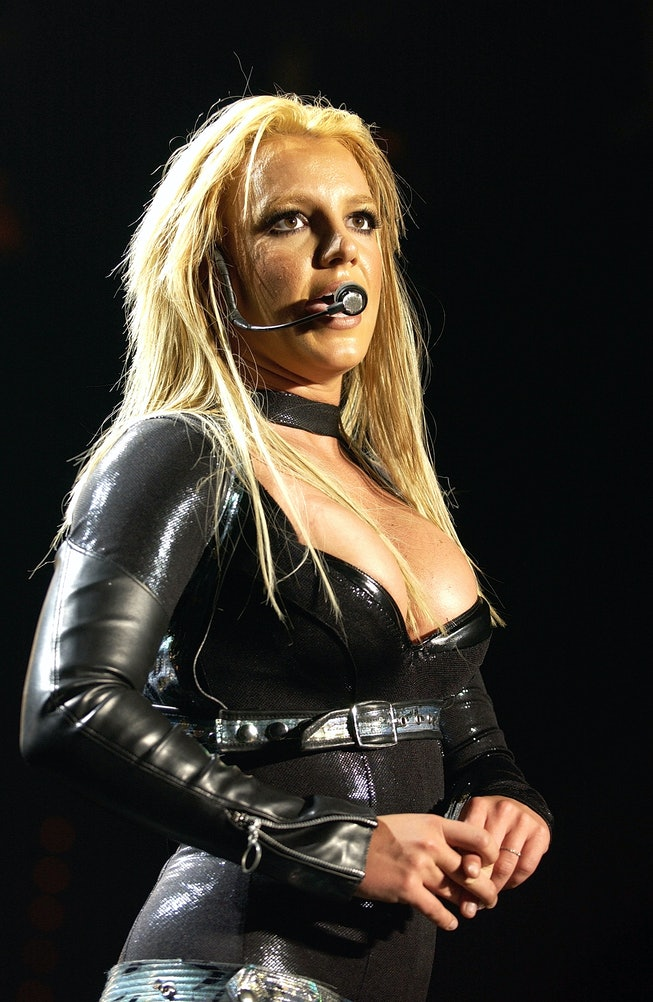 Britney Spears on stage in Munich - Germany - on 25 May 2005. (Photo by Fryderyk Gabowicz/picture al...