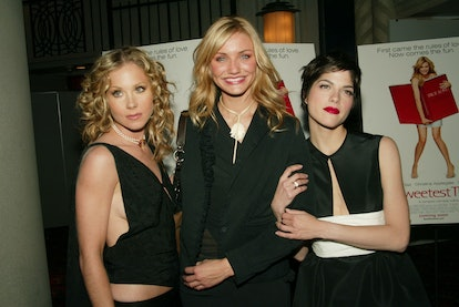 """Co-stars Christina Applegate, Cameron Diaz and Selma Blair arriving at """"The Sweetest Thing"""" film premiere at Sony Lincoln Theater in New York City. April 8, 2002.  Photo: Evan Agostini/ImageDirect"""