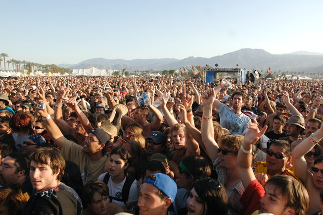 Atmosphere during Coachella 2007 at the Empire Polo Fields on April 29, 2007 in Indio, California. (Photo by Tim Mosenfelder/Getty Images)