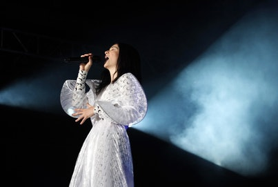 New Zealand singer, Lorde performs during her concert at the Corona Capital Music Festival in Mexico City, on November 17, 2018. (Photo by CLAUDIO CRUZ / AFP)        (Photo credit should read CLAUDIO CRUZ/AFP via Getty Images)