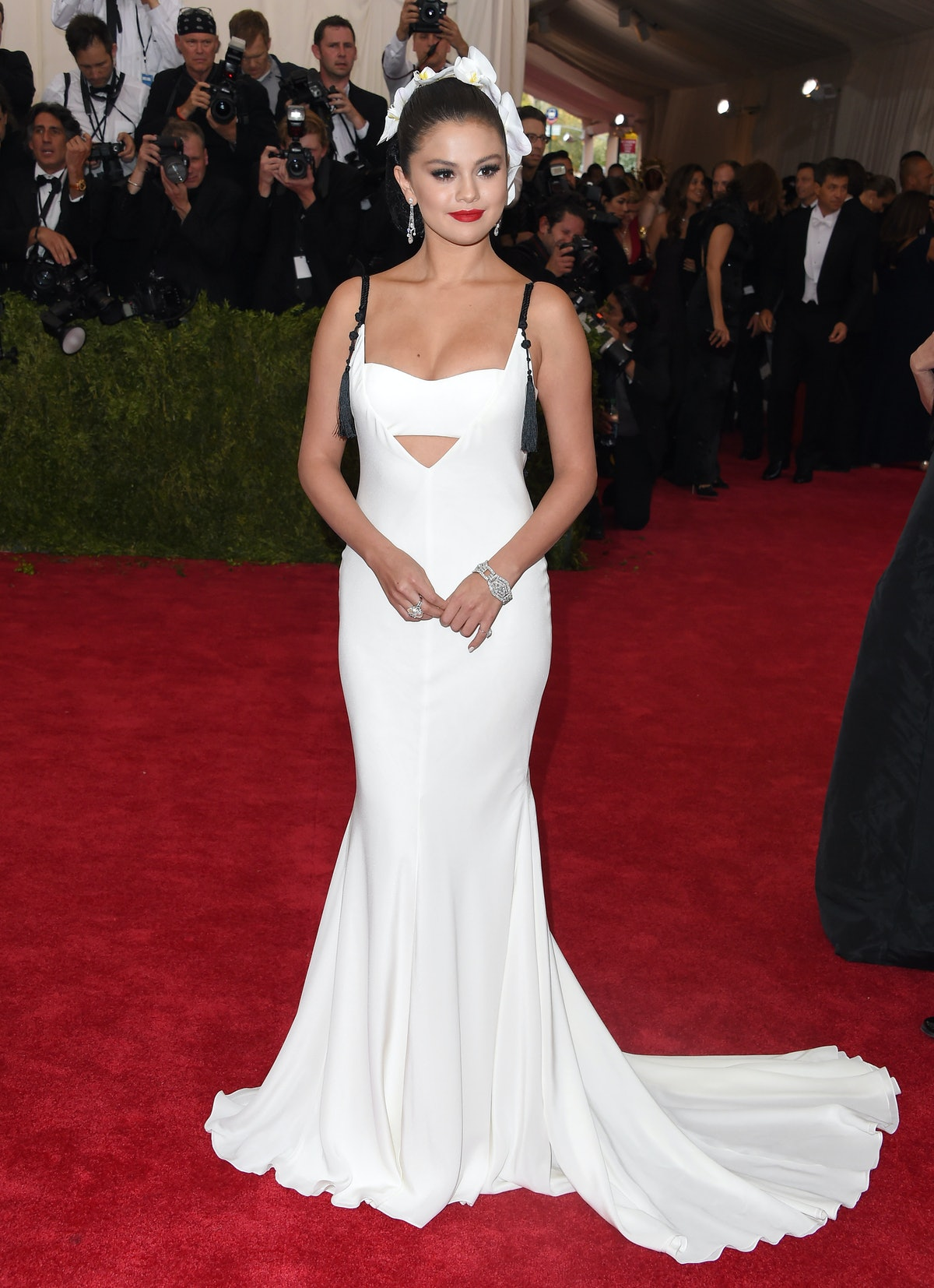 Selena Gomez attends the 'China: Through The Looking Glass' Costume Institute Benefit Gala at the Metropolitan Museum of Art on May 4, 2015 in New York City.  (Photo by Axelle/Bauer-Griffin/FilmMagic)