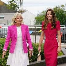 HAYLE, UNITED KINGDOM - JUNE 11: Catherine, Duchess of Cambridge (R) and U.S. First Lady Dr Jill Biden during a visit to Connor Downs Academy, during the G7 summit in Cornwall on June 11, 2021 in Hayle, west Cornwall, England. (Photo by Aaron Chown/WPA Pool/Getty Images)
