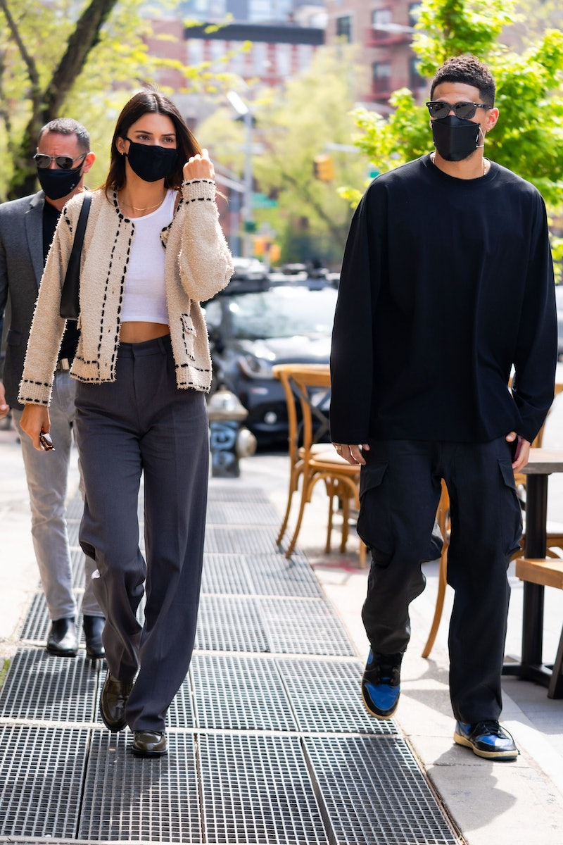 NEW YORK, NEW YORK - APRIL 24: Kendall Jenner (L) and Devin Booker are seen in SoHo on April 24, 2021 in New York City. (Photo by Gotham/GC Images)