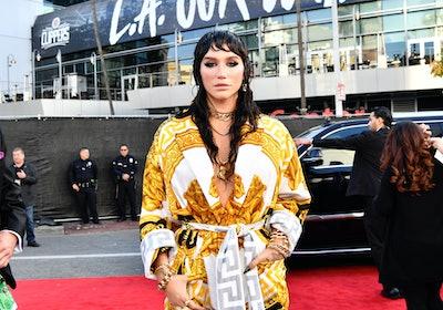 LOS ANGELES, CALIFORNIA - NOVEMBER 24: Kesha attends the 2019 American Music Awards at Microsoft The...