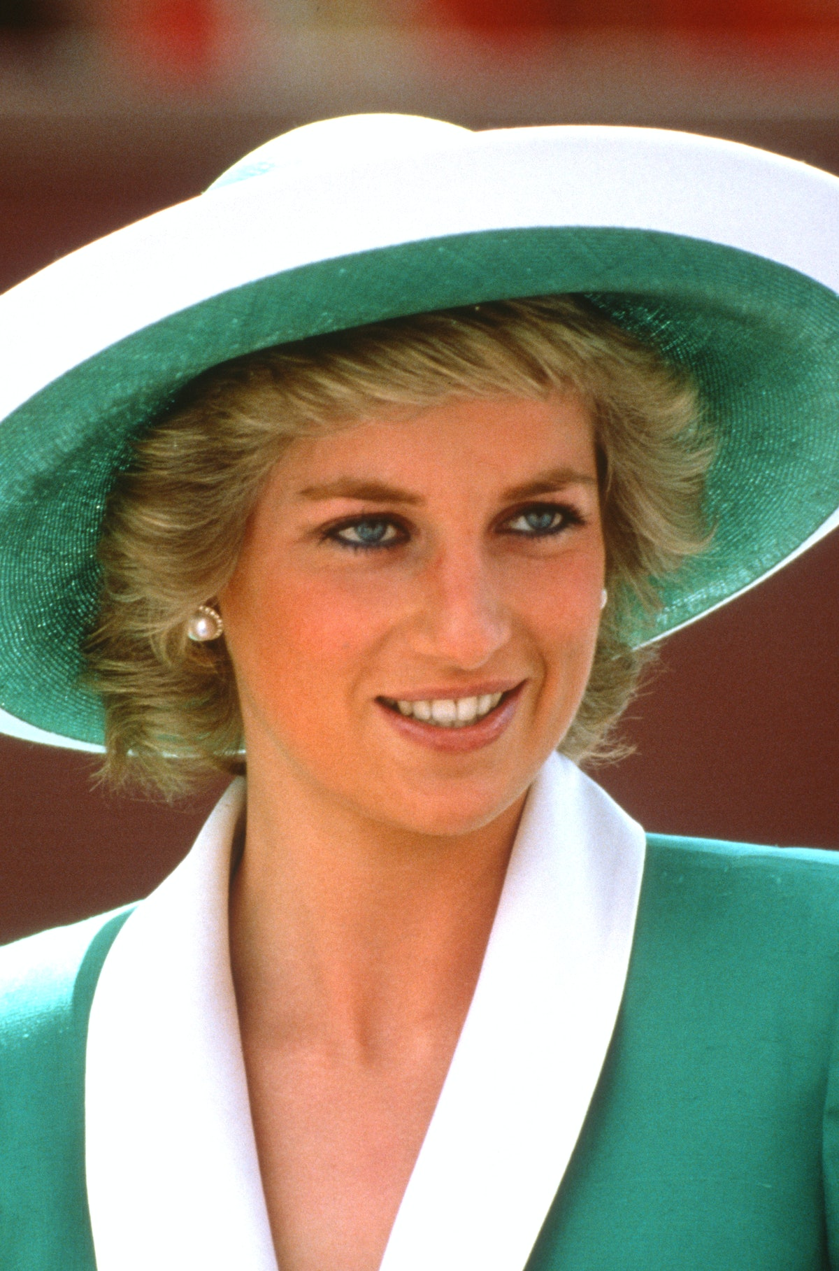 SYDNEY, AUSTRALIA - JANUARY 26: Diana, Princess of Wales, wearing a green dress with a white collar ...