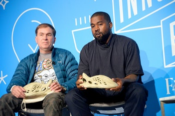 """NEW YORK, NEW YORK - NOVEMBER 07:  Steven Smith and Kanye West speak on stage at the """"Kanye West and..."""