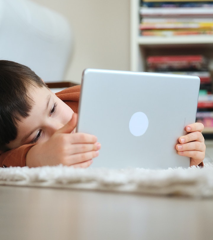 Too much screen time can cause anxious feelings, according to experts.