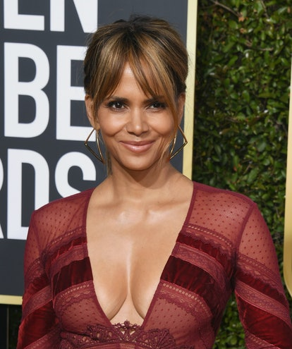 BEVERLY HILLS, CA - JANUARY 06:  Halle Berry attends the 76th Annual Golden Globe Awards at The Beverly Hilton Hotel on January 6, 2019 in Beverly Hills, California.  (Photo by Jon Kopaloff/Getty Images)