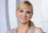 """WESTWOOD, CA - DECEMBER 14: Actress Anna Faris arrives at the premiere of Columbia Pictures' """"Passengers"""" at Regency Village Theatre on December 14, 2016 in Westwood, California.  (Photo by Gregg DeGuire/WireImage)"""