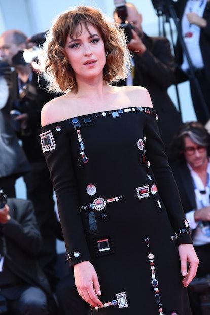 Dakota Johnson Curtain Bangs short hair