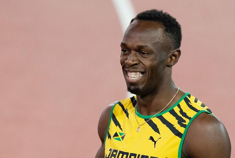 01/08/14 GLASGOW 2014.ATHLETICS - HAMPDEN.Jamaican superstar Usain Bolt entertains the crowd during ...