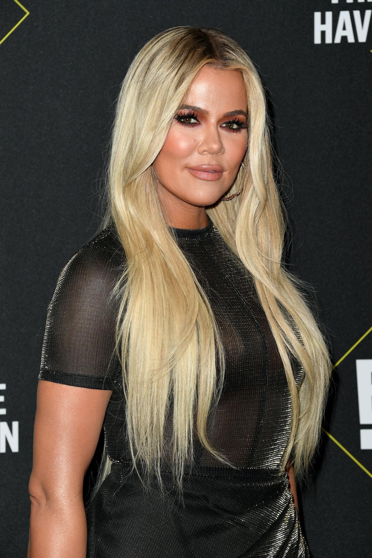 SANTA MONICA, CALIFORNIA - NOVEMBER 10: Khloé Kardashian attends the 2019 E! People's Choice Awards ...