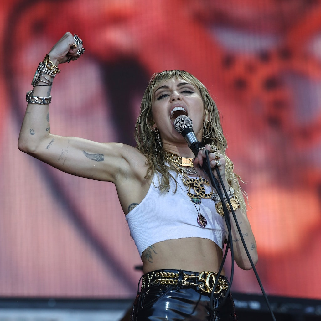 Miley Cyrus' 13 Most Jaw-Dropping & Empowering Live Performances. Photo via Matt Cardy/Getty Images