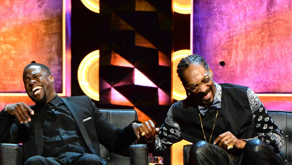 LOS ANGELES, CA - MARCH 14:  Roastmaster Kevin Hart (L) and rapper Snoop Dogg onstage at The Comedy ...
