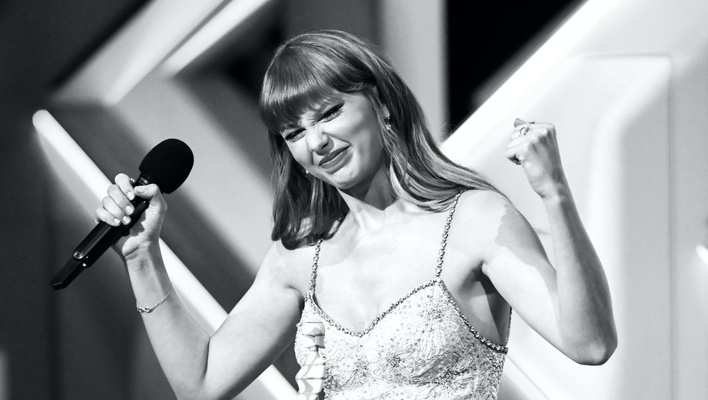 LONDON, ENGLAND - MAY 11: (Editors note: Image converted to black and white) Taylor Swift accepts th...