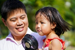 Heat rash in kids can present itself as itchy or fluid-filled blisters.