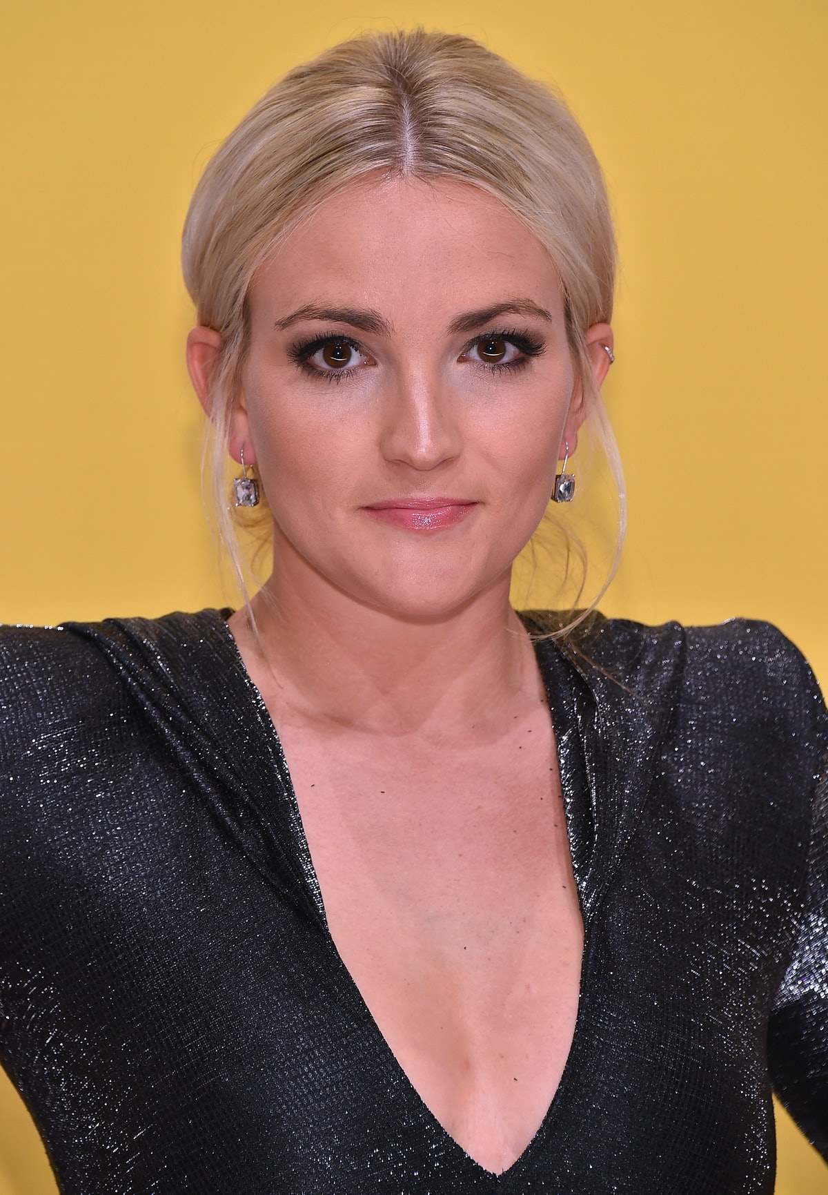 Jamie Lynn Spears attends the 50th annual CMA Awards at the Bridgestone Arena on November 2, 2016 in...