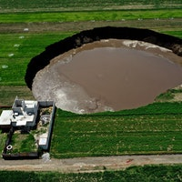 The scary science behind Mexico's massive sinkhole