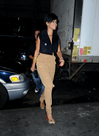 NEW YORK - AUGUST 25:  Rihanna seen on the Streets of Manhattan on August 25, 2009 in New York City....