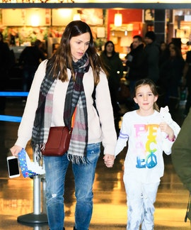 Jennifer Garner is proud of her mom bump.