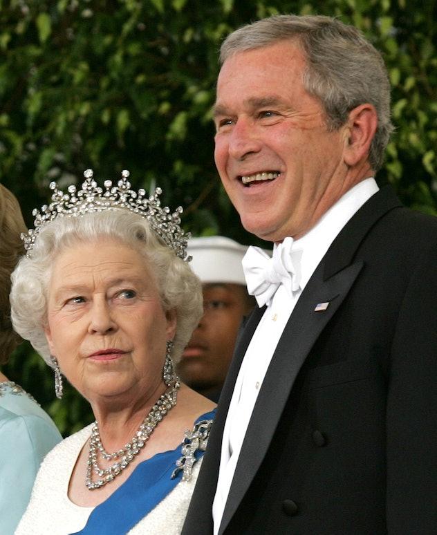 Queen Elizabeth gives President George W. Bush the side eye.