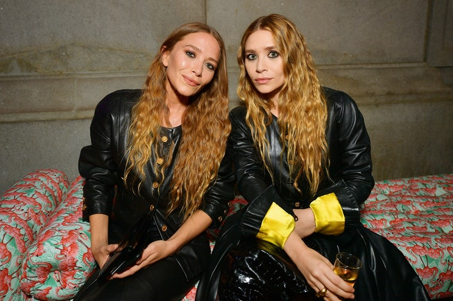 NEW YORK, NEW YORK - MAY 06: Mary-Kate Olsen and Ashley Olsen attend The 2019 Met Gala Celebrating Camp: Notes on Fashion at Metropolitan Museum of Art on May 06, 2019 in New York City. (Photo by Matt Winkelmeyer/MG19/Getty Images for The Met Museum/Vogue)